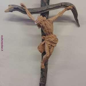 Cristo su radice di cirmolo (stile Fassa)